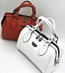 💜💜💜Guess torbe vise boja💜💜💜