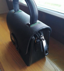 Crna minui torbica