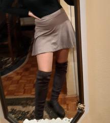 Mala siva suknja