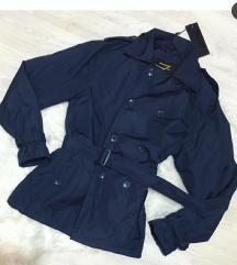 nova teget jakna