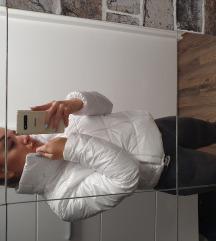 Bela sjajna jakna S