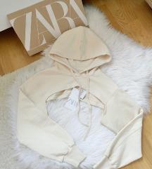 Zara crop duks NOV sa etiketom