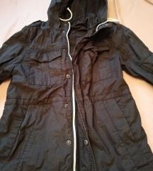 Tanka proletnja jakna H&M