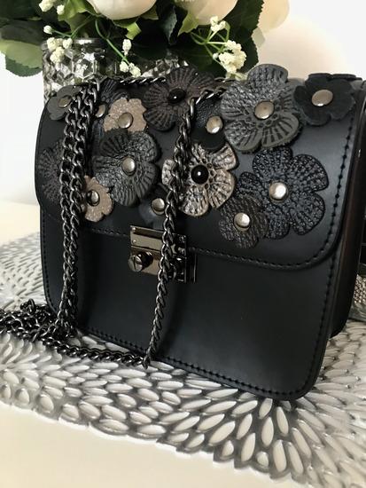 Nova kozna torba