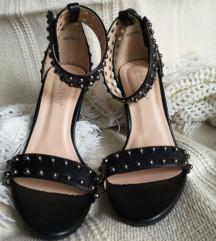 Nove sandale na štiklu