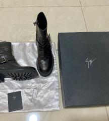 Giuseppe Zanotti original kozne cizme ‼️18000
