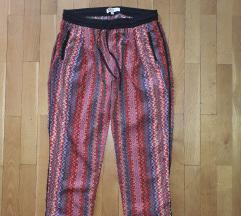 Koton crvene pantalone