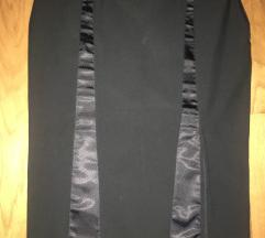 Atraktivna crna suknja