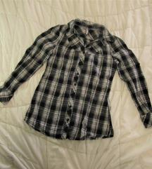 148. Karirana pamučna košulja dugih rukava