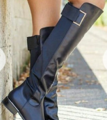 NOVE Crne kožne ravne čizme preko kolena