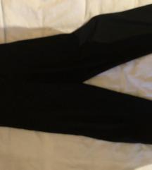 •Crne elegantne pantalone• •Black friday•