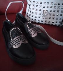 Fendi cipele