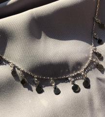 Srebrna ogrlica sa kruzicima