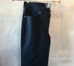 Ravne pantalone 40-42