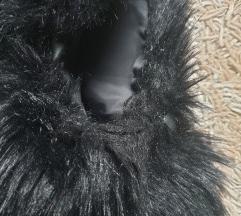 Krzneni oversize crni prsluk