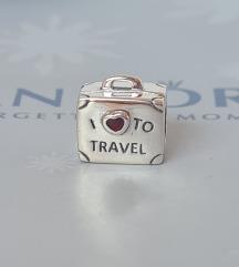 PANDORA I ❤ to travel
