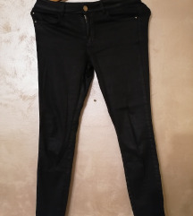 Massimo Dutti crne pantalone