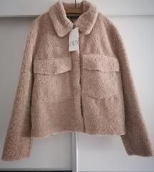 Zara kratki kaput teddy Novo M