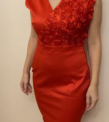 Crvena haljina!