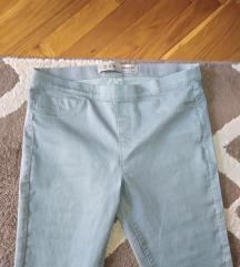 Ledeno sive pantalone NOVO