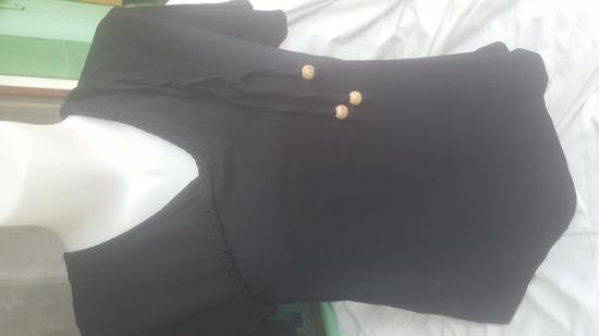 Crna majica. kao nova