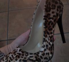 Leopard salonke