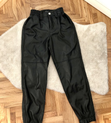 bershka cargo pantalone