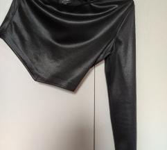 Crna asimetrična majica 38-40