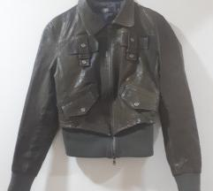 Italijanska kratka kozna jakna M(gratis čizmice)