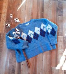 Crop oversize džemper