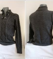 6.4. Sivi L muški džemper