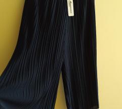 Plisirana  suknja pantalone   Novo
