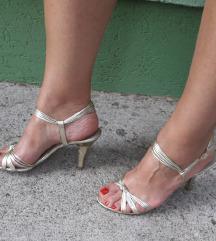 BATA Italy zlatne kozne sandale kao nove