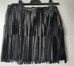 Kozna suknja nenosena