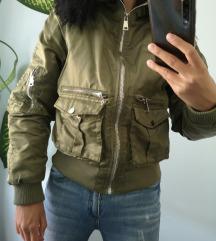 Reserved bomber jakna