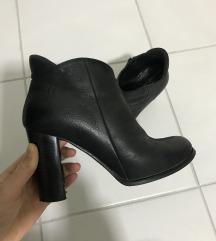 Glecer kozne cizme