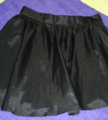 crna suknja krojena u A