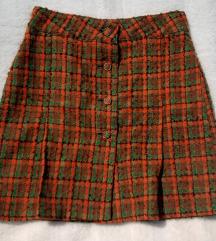 Narandzasto zelena zimska suknja sa dugmicima