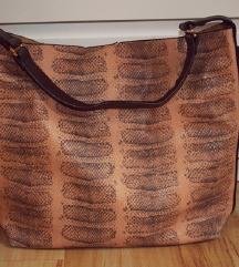 Parfois torba sa zmijskim printom