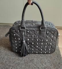 Siva torba sa nitnama