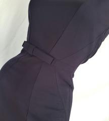 H&M ★ zrakasto ukrojena teget haljinica