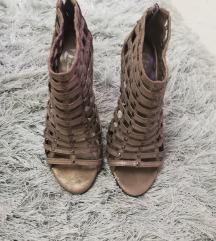 Bata kožne sandale 36