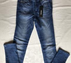 Diesel Skinzee Total Recovery W24 L32 NOVO