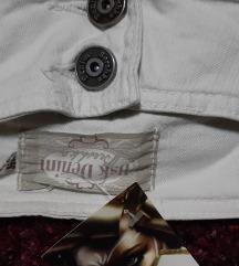 nove bele dzins pantalone vel 36,38