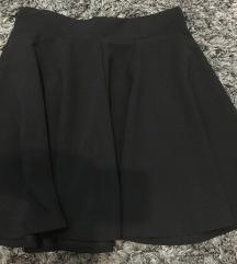 Crna široka suknja