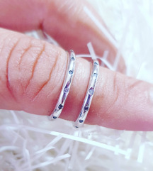Srebrni prstencici Novo kom.500din.