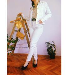 Italijanske krem pantalone visokog struka