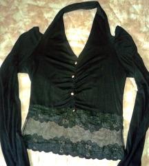 Crna bluzica sa čipkom