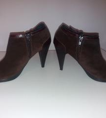 Kozne braon duboke cipele