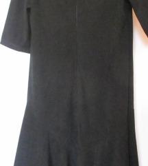 Crna haljina od spandeksa